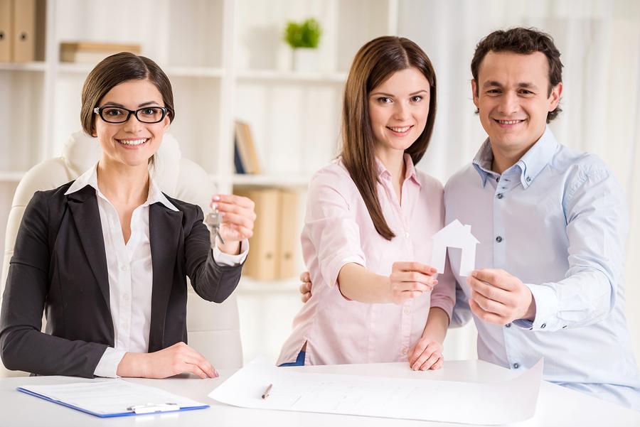 comment trouver un courtier immobilier comp tent pour vendre votre maison au qu bec. Black Bedroom Furniture Sets. Home Design Ideas
