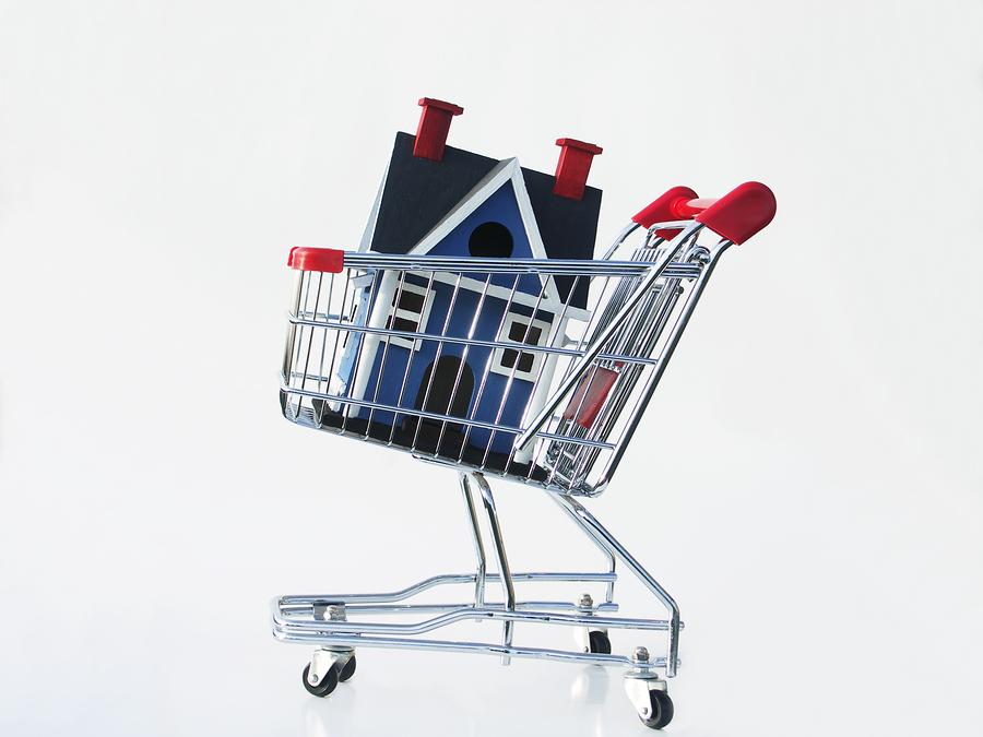 Comment faire pour acheter une maison comment bien choisir sa porte de garage conseils pour - Comment decorer sa chambre sans rien acheter ...