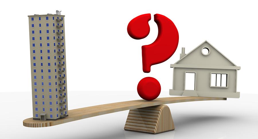 Condo vs maison ? 12 facteurs critiques à considérer avant dacheter