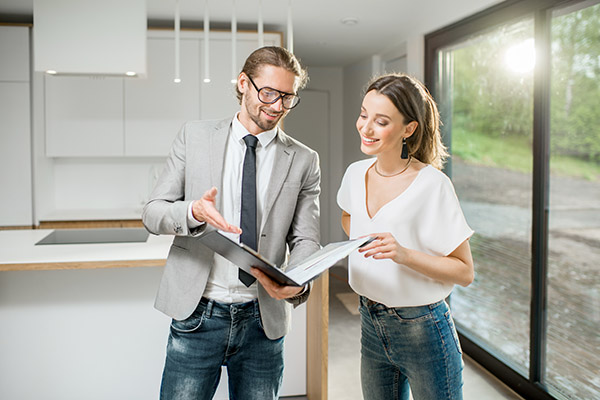 vente-avec-courtier-immobilier