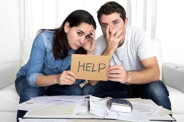 couple-vente-maison-help-aide-solutions